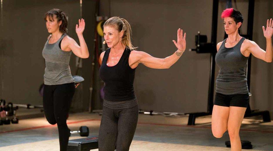 Sharon Polsky teaches Unleashed fitness on UDAYA