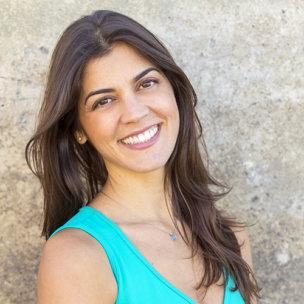 Rina Jakubowicz teaches on UDAYA.com